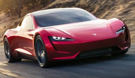 Yeni Tesla Roadster 2020'de yola çıkacak