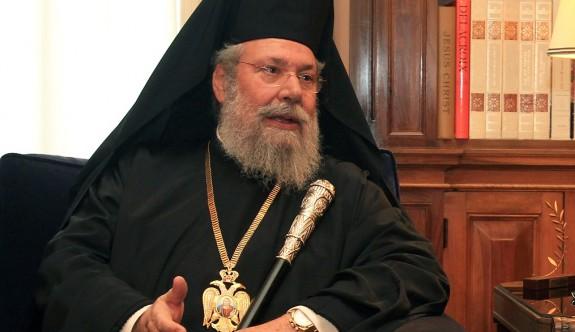 Başpiskopos II. Hrisostomos'tan yobaz mesaj