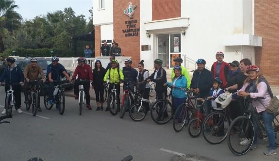Doktorlar bisiklet turunda buluştu