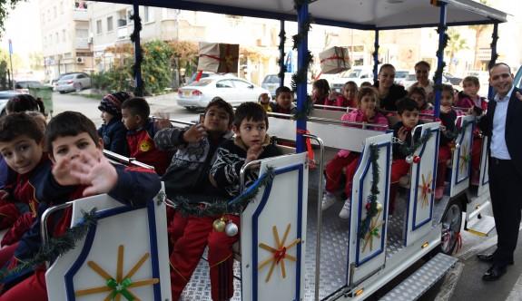 Lefkoşa'da gezi treni hizmete başladı