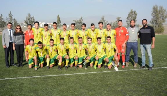 Liselerarası futbolun şampiyonu NKL