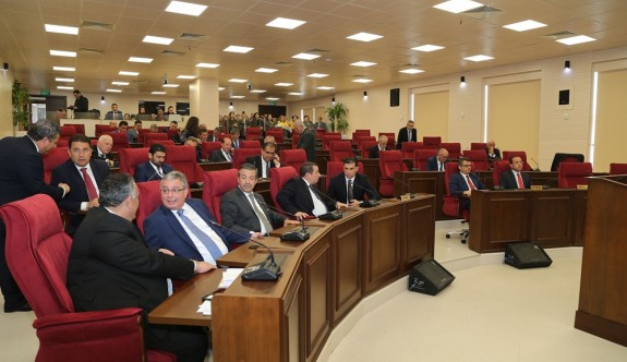 Meclis'in gündemi Polis