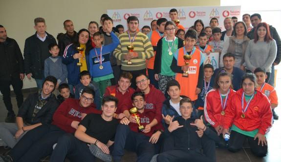 Özel turnuvanın birincisi, Lefkoşa İş Eğitim ve Özel Eğitim