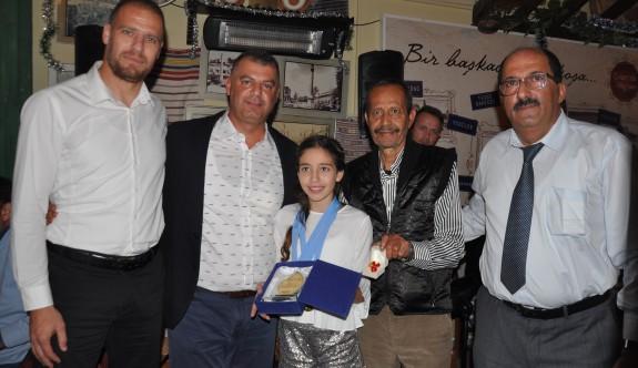 Şeker Sigorta, Safiye Naz Ulusoy'u ödüllendirdi