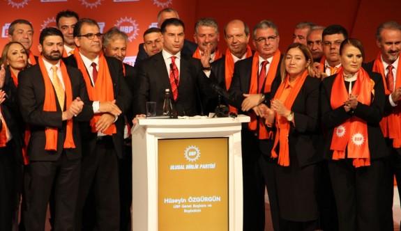 """UBP'den """"Biriz Birlikteyiz"""" sloganıyla aday tanıtım şöleni"""