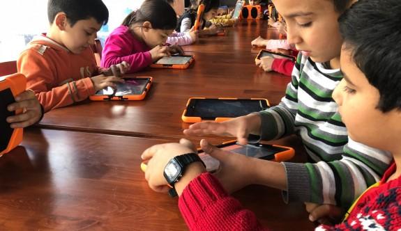 Arabahmet İyilik Evi'nde, çocuklara yönelik her hafta farklı faaliyetler
