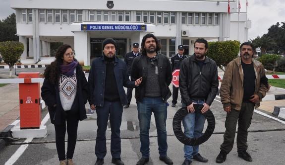 Bağımsızlık Yolu'ndan Polis Genel Müdürlüğü'ne siyah çelenk
