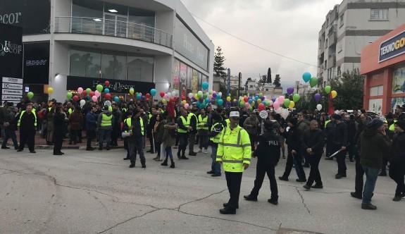 """""""Barış ve Demokrasi Eylemi"""" için toplanılmaya başlandı"""