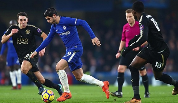 Chelsea evinde puan kaybetti