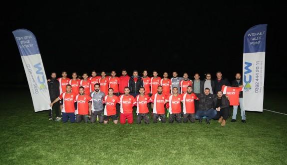 Cyprus Wıreless'den Ortaköy Spor Kulübüne forma desteği