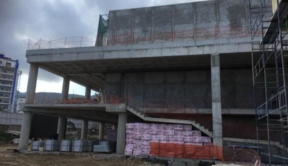 Girne Belediyesi yeni binası hızla ilerliyor