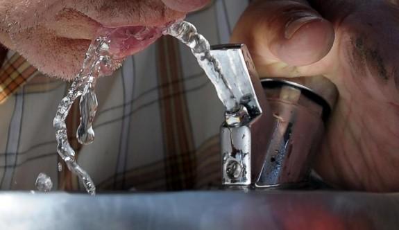 Londra'da plastik şişe kullanımını azaltmak için yeni uygulamalar başlıyor