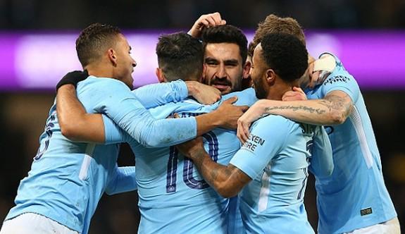Manchester City dört dörtlük