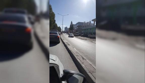 Şht. Mustafa Ruso Caddesi trafiği de felç