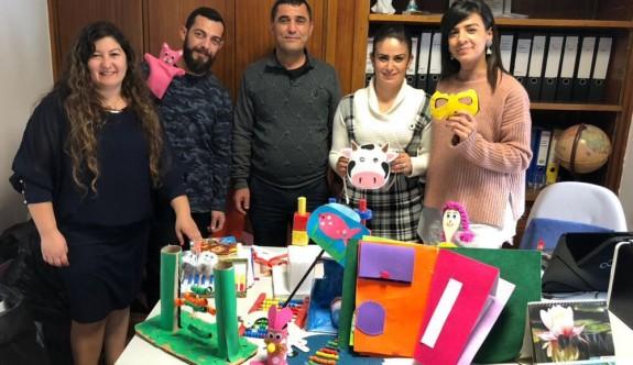 YDÜ, Çocuk Esirgeme Kurumu'na öğretim materyali bağışladı