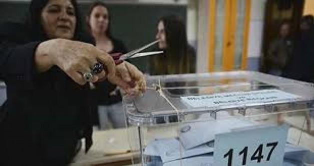 Yeni seçim sistemi sandık görevlilerini zorladı