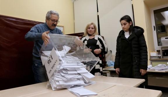 Yüzde 11,7 geçersiz oy pusulası