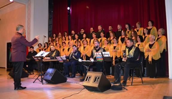 Bakü'de Kıbrıs şarkıları yankılandı