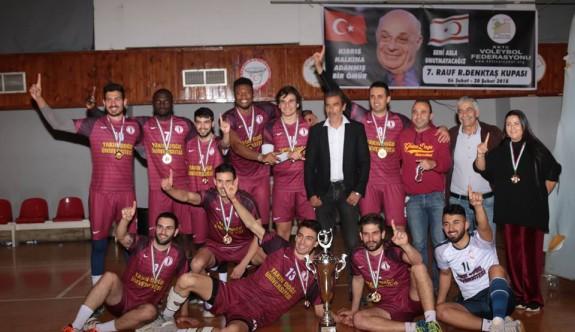 Filenin şampiyonları Çamlık ve YDÜ