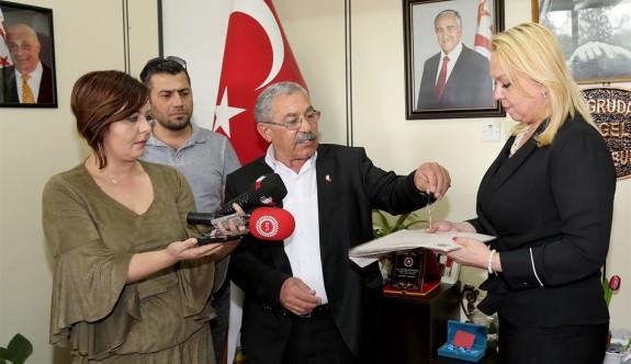 Yeni Erenköy Belediyesi binası anahtarı İçişleri Bakanlığı'na verildi