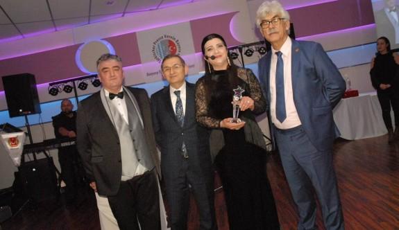 Kıbrıs Genç TV Program Yapımcısı Özkoyuncu'nun önemli başarısı