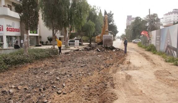 Mağusa'da Sakarya Mahallesi yeniden asfaltlanıyor