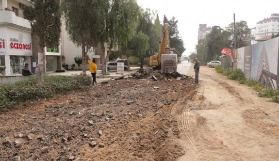 Mağusa'da yol yapımı hız kesmiyor