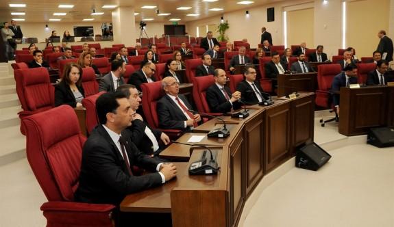 Meclis'in gündemi hükümet programı ve başkanlık divanı seçimi