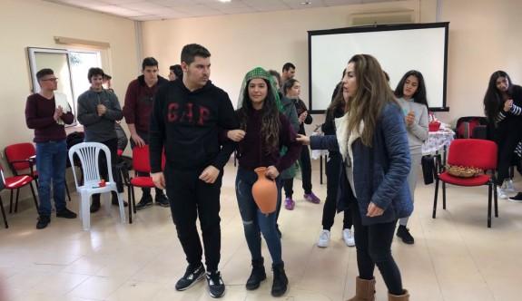 Yakın Doğu Koleji Halk Dansları öğrencilerine kamp düzenledi