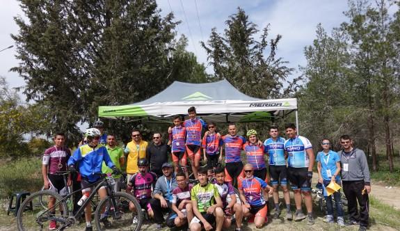 Bisikletçiler, dağ bisikleti branşında yarıştı