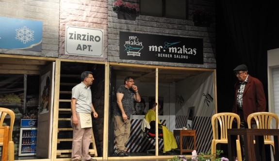 Çatalköy'de komedi oyunuyla kahkaha tufanı