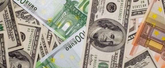 Dolar ve Euro'nun ateşi sönmüyor
