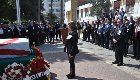Dr. Kaya Bekiroğlu son yolculuğuna uğurlandı