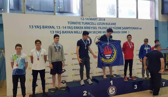 Emre, Türkiye altıncısı