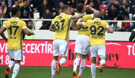 """Fenerbahçe kötü gidişe """"dur"""" dedi"""