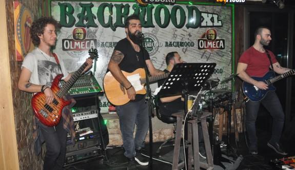 Gökhan Çınar Full Band'la capcanlı eğlence