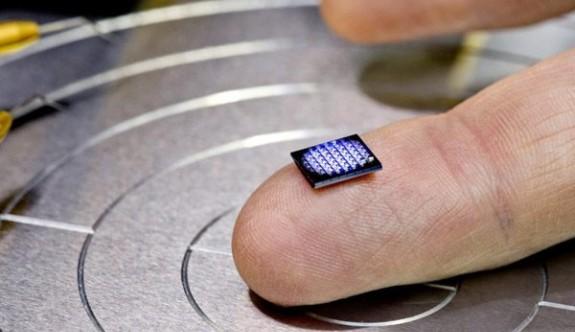 IBM'den dünyanın en küçük bilgisayarı