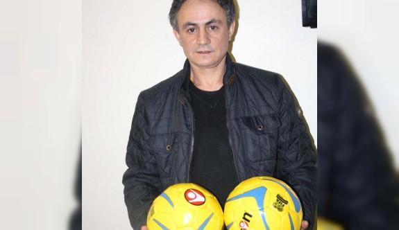 Kabylia'ya top yardımı