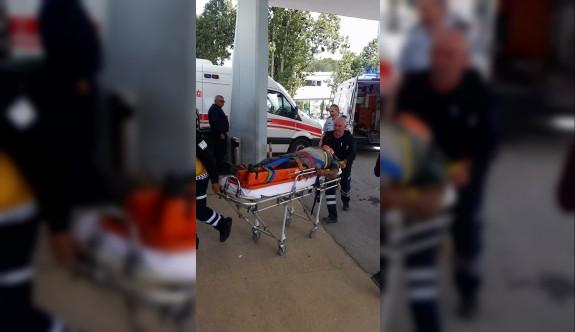 Kazada üç kişi yaralı olarak hastaneye kaldırıldı