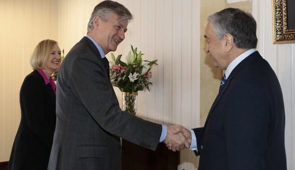 Lacorix, Cumhurbaşkanıyla UNFICYP'yi görüştü