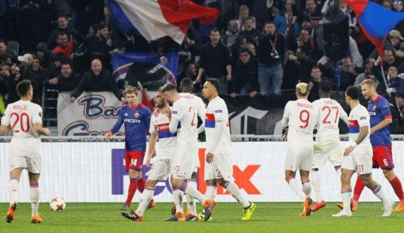Lyon, ihraçla karşı karşıya