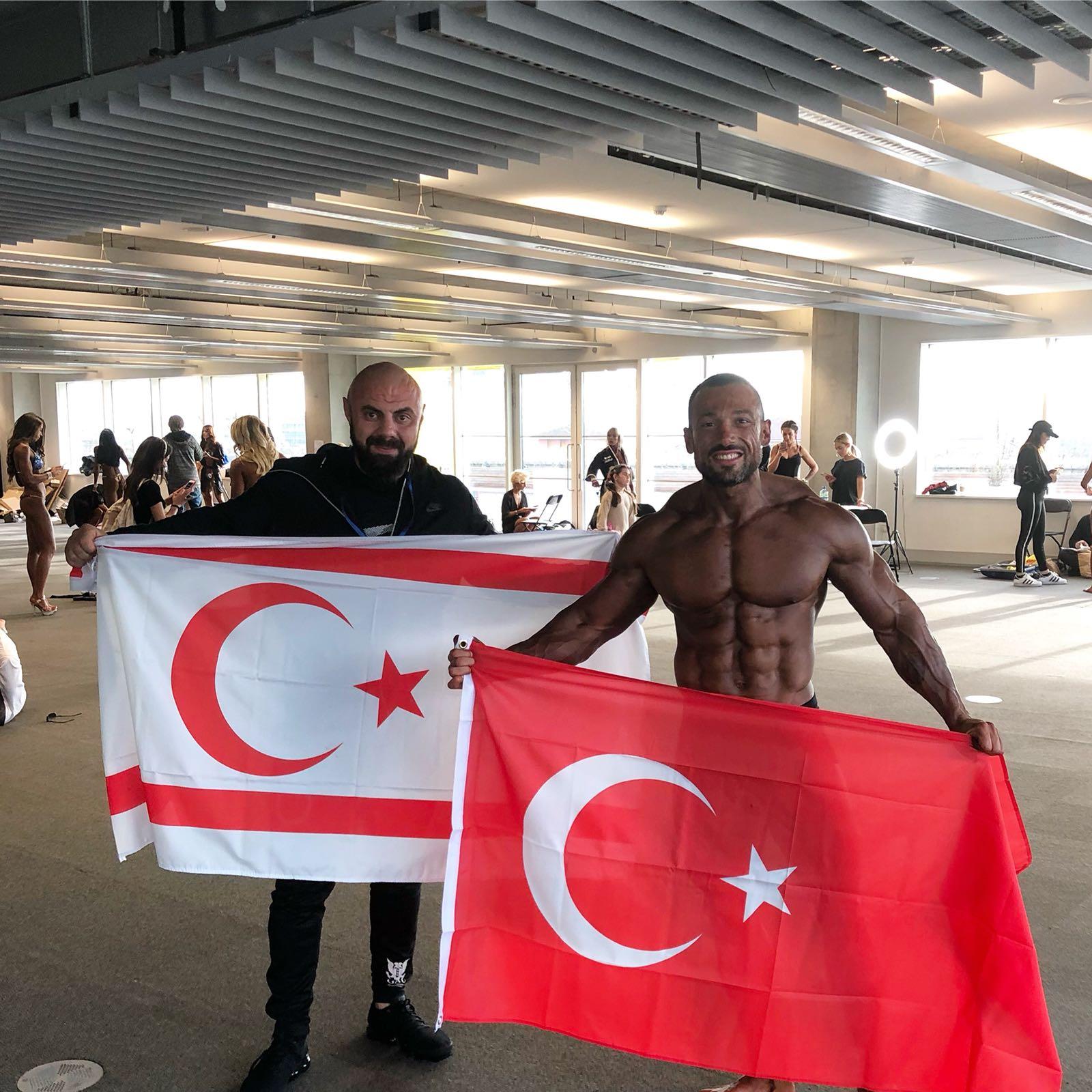 Mevsimler, IFBB Şampiyonasında Dünya 4.'sü oldu
