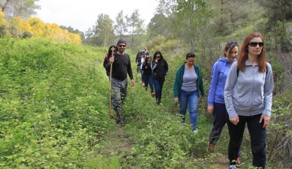 Sağlıklı yaşam için doğada yürüdüler