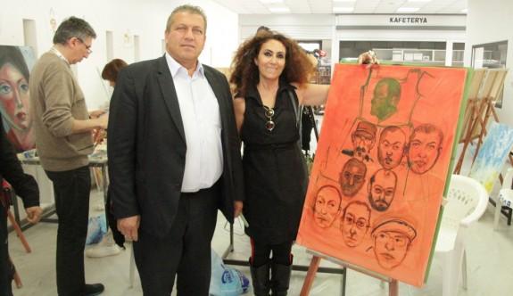 Sanatçıların eserleri sergiye hazırlanıyor