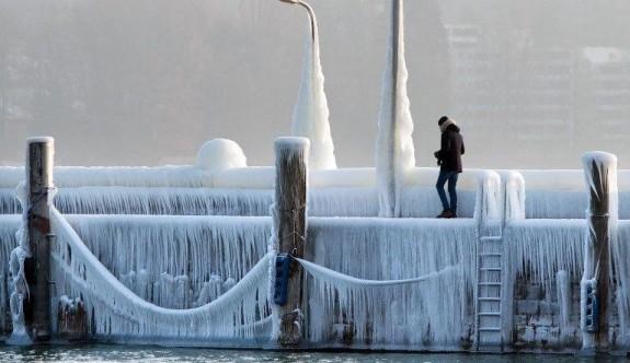 Sibirya soğuğu 48 can aldı