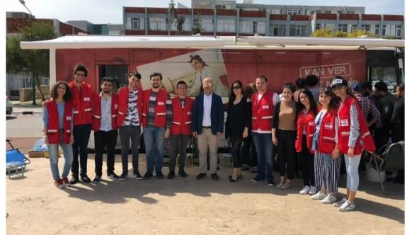YDÜ'de 5 günde 451 ünite kan bağışı