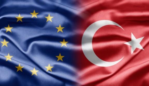 AB'nin Türkiye raporunda çözüme destek verdiği vurgulandı