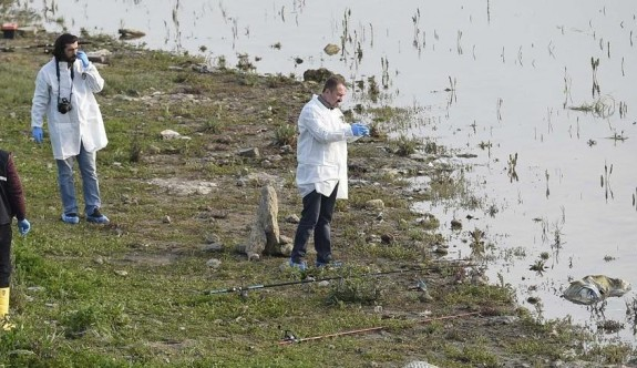 Balıkçıların oltasına çocuk cesedi takıldı