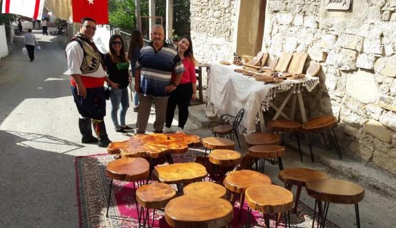 Buram buram Kıbrıs kültürü kokan etkinlik