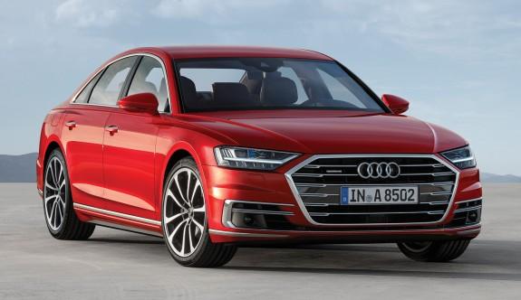 """Dünyada Yılın Lüks Otomobili"" Audi A8"